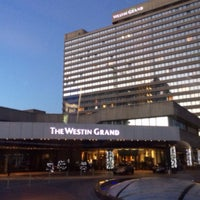 Das Foto wurde bei The Westin Grand München von choi g. am 12/24/2014 aufgenommen