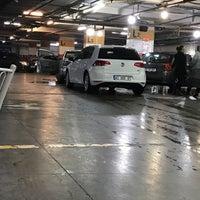12/3/2016 tarihinde Yiğit K.ziyaretçi tarafından Sehna Auto Center'de çekilen fotoğraf