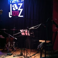 Foto scattata a Jazz Zone da Gustavo Q. il 4/26/2013