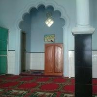 Photo taken at masjid Al Mu'min by Mahendra G. on 9/17/2012