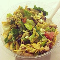 Photo taken at Day Light Salads Citadella by Laura H. on 5/28/2014