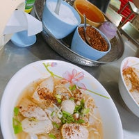 Photo taken at Nai Hung Fishball Noodle by Andy L. on 8/13/2016