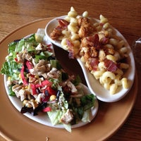 Photo taken at Applebee's Neighborhood Grill & Bar by Rachel M. on 10/5/2013