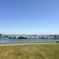 Photo taken at South Harbor Waterfront Restaurant and Bar by Steve W. on 3/21/2013