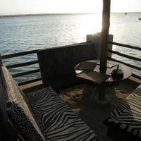 Foto scattata a Slipway Waterfront Restaurant da Tyron H. il 6/23/2013