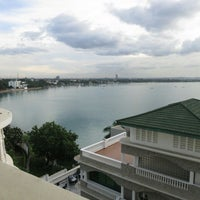 Photo taken at Doubletree by Hilton Dar es Salaam - Oysterbay by Tyron H. on 4/11/2013