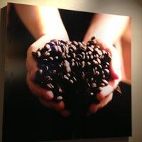 Photo taken at 星巴克 Starbucks by Louis on 2/17/2013