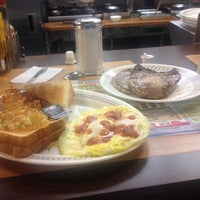 Photo taken at Waffle House by Jose T. on 10/31/2013