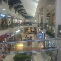Photo taken at Westfield Garden State Plaza by Eder on 9/28/2012