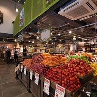 9/17/2013 tarihinde Whole Foods Market P.ziyaretçi tarafından Whole Foods Market'de çekilen fotoğraf