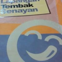 Photo taken at Bakso Lapangan Tembak Senayan by MoMo D. on 11/27/2013