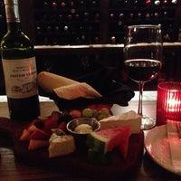 4/5/2014에 Macarena V.님이 Cork's Wine Bar에서 찍은 사진