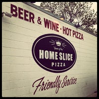 Foto tirada no(a) Home Slice Pizza por Jorge A. em 4/8/2013