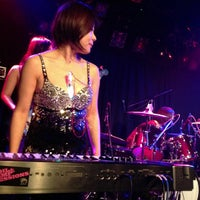 Photo taken at 下北沢 Club Que by ElevenColors on 1/17/2013