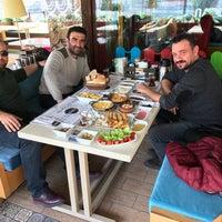 11/9/2017 tarihinde Selim Y.ziyaretçi tarafından Nadda Cafe & Bistro'de çekilen fotoğraf