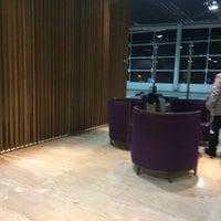 Foto tirada no(a) LATAM VIP Lounge por Manoel F. em 8/19/2017