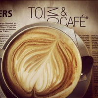Photo taken at Toi, Moi & Café by Francis G. on 2/16/2013