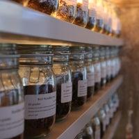Foto tomada en The Tea Lab por The Tea Lab el 9/21/2013