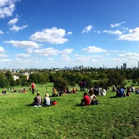 Photo prise au Primrose Hill par Katerina P. le9/6/2015