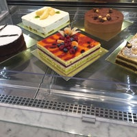 Foto scattata a La Pasticceria di Eatly da Semra S. il 3/4/2017
