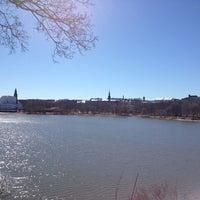Снимок сделан в Sinisen huvilan kahvila пользователем David d. 5/3/2013