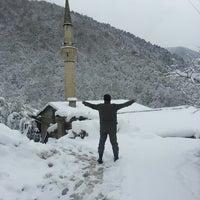 Photo taken at Ikizdere Manle Koyu by ADMR .. on 3/30/2014
