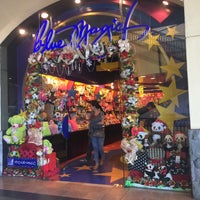 Photo taken at Blue Magic by Noel O. on 11/18/2015