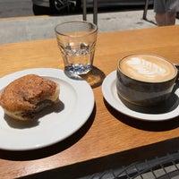 5/28/2017 tarihinde Dan M.ziyaretçi tarafından General Porpoise Coffee & Doughnuts'de çekilen fotoğraf