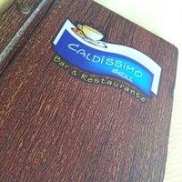 รูปภาพถ่ายที่ Caldíssimo Grill โดย Karina M. เมื่อ 9/23/2012