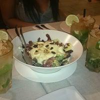 7/4/2014에 Manes T.님이 Almagro Café & Bar에서 찍은 사진