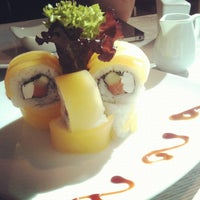 Foto tomada en Senz Nikkei Restaurant por Demian S. el 11/23/2012