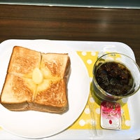 Photo taken at カフェロゼ 北九州空港店 by Yoichi on 9/5/2015