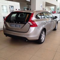 Photo taken at Federal Auto Cars Sdn Bhd (Volvo Showroom) by Hamidah A. on 4/5/2014