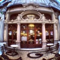 Foto tirada no(a) Majestic Café por Pedro B. em 12/14/2012