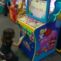 Photo taken at Chuck E. Cheese's by Yvonnie A. on 3/28/2014