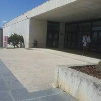 Foto tomada en Edificio de Bibliotecas - UNAV por Gustavo B. el 4/23/2013