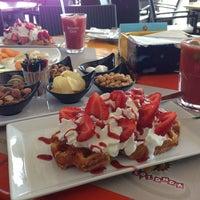 Photo taken at Cafe La Rotonda by Chad P. on 7/7/2013