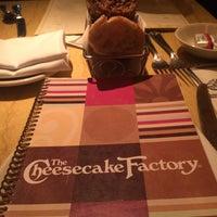 8/8/2015에 Daniela V U.님이 The Cheesecake Factory에서 찍은 사진