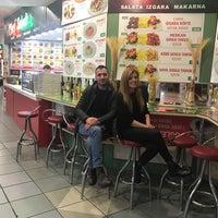 3/8/2017 tarihinde Olcay T.ziyaretçi tarafından Chef Salad'de çekilen fotoğraf
