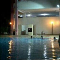 Photo taken at Sutramas Apartment Swimming Pool by slevin a. on 10/26/2013
