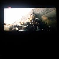 Photo taken at 🎭ozgullu cinema room🎭 by S€RH@T Ö. on 5/29/2014