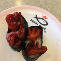 Photo taken at Sushi King by Paul on 9/5/2017