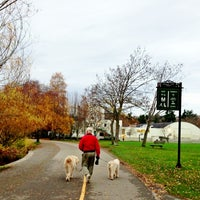 Foto tomada en Green Lake Loop  por Kate K. el 11/25/2012