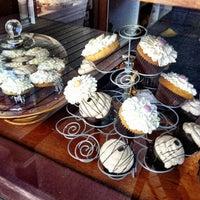 Foto tomada en Dahlia Bakery por Kate K. el 2/8/2013
