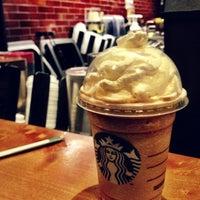 Das Foto wurde bei Starbucks von Kate K. am 10/15/2012 aufgenommen