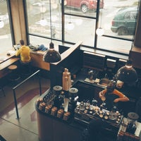 รูปภาพถ่ายที่ Herkimer Coffee โดย Kate K. เมื่อ 10/10/2015