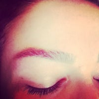 Photo taken at Prime Brows Eyebrow Threading & Waxing Salon Spa by Ruby N. on 3/10/2015