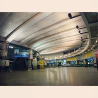 Photo taken at Rajiv Chowk | राजीव चौक Metro Station by Nishant S. on 5/26/2014