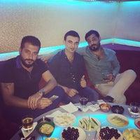 Photo taken at أهلا ديسكوhydromel arabic night clup by KaRa E. on 9/10/2015