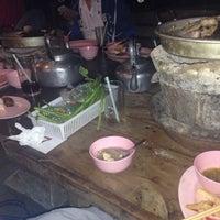 Photo taken at AIS หมูกระทะ by Prang R. on 2/20/2015